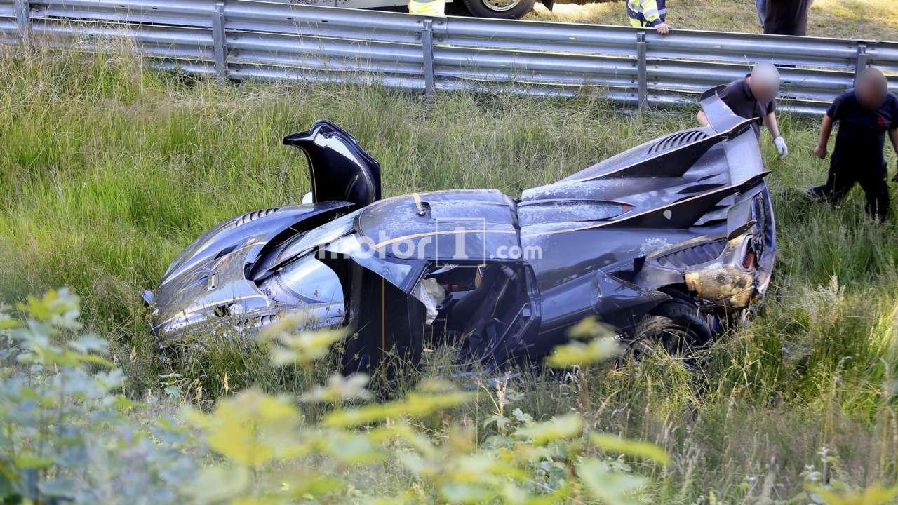 Одним меньше: уникальный гиперкар Koenigsegg «разложили» наНюрбургринге— фото 609877
