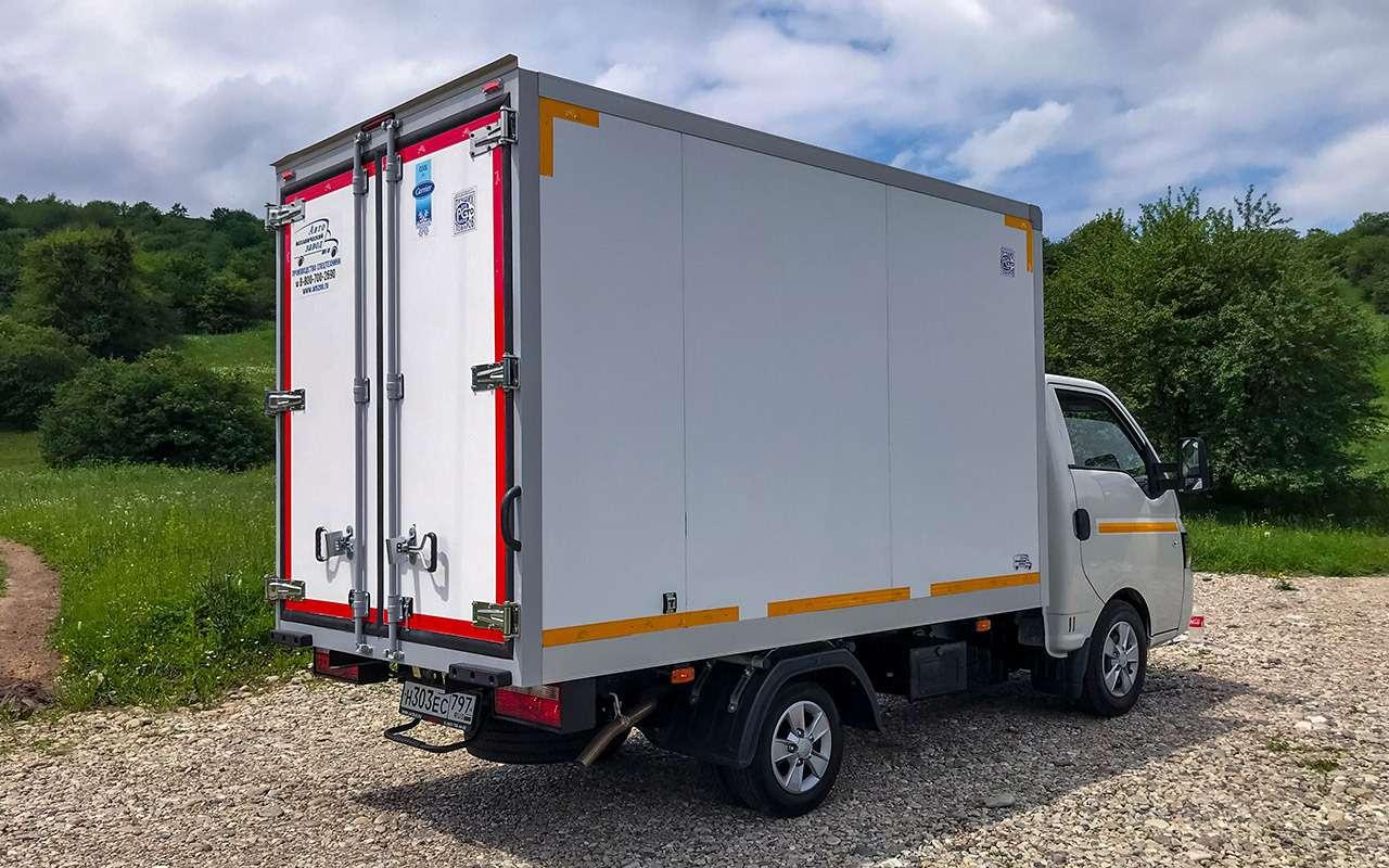 Новый китайский грузовик: сравнили его снашим Соболем— фото 1273570