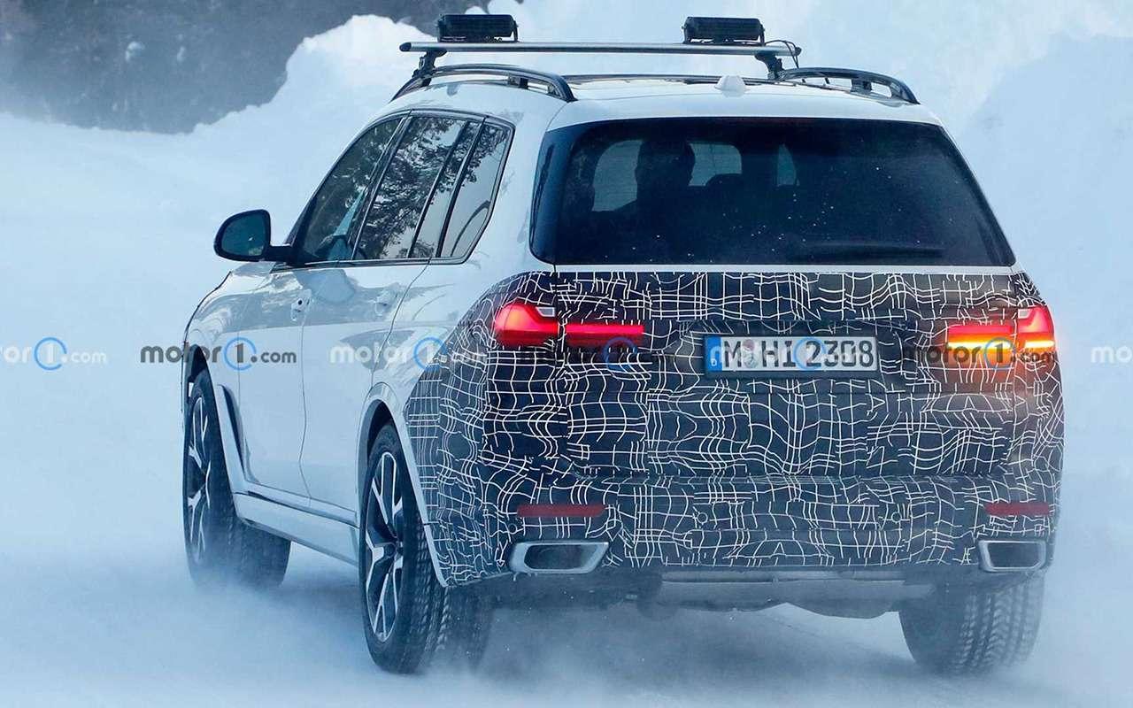 Тесты вснегах: фото обновленного BMW X7— фото 1224146