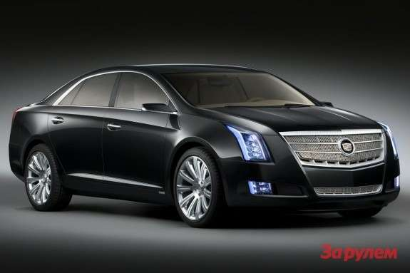 Cadillac XTS Platinum Concept side-front view