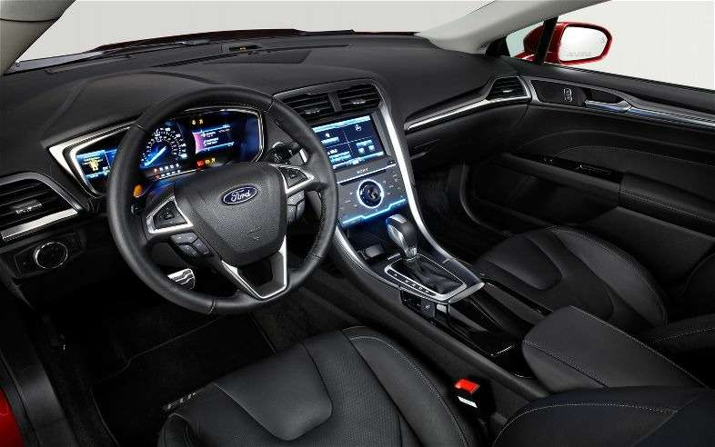 no copyright 2013 ford fusion 04
