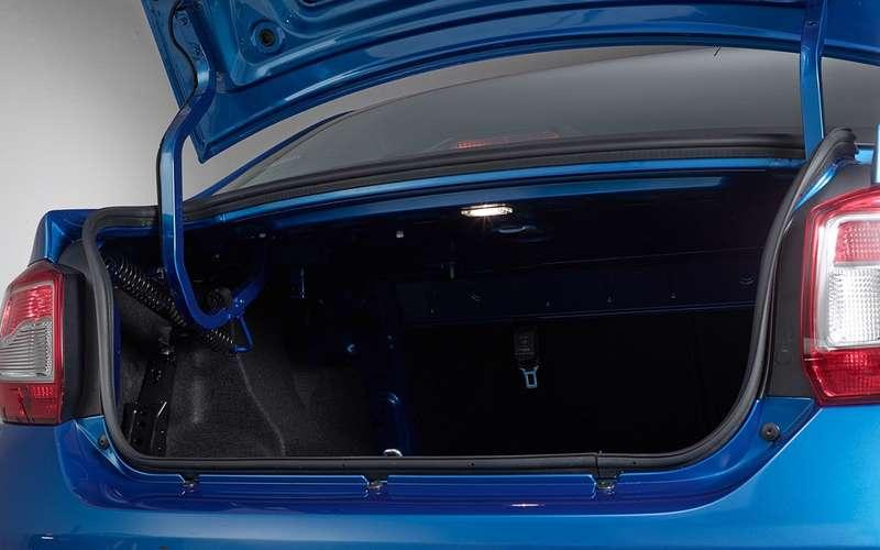 Lada Vesta Cross или Renault Logan Stepway— что выбрать?