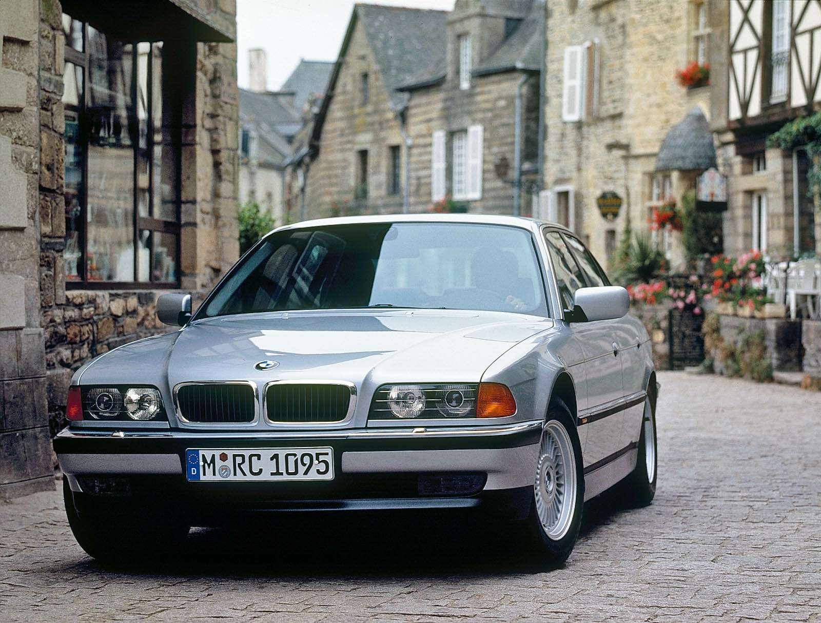 BMW735(1994-2001)