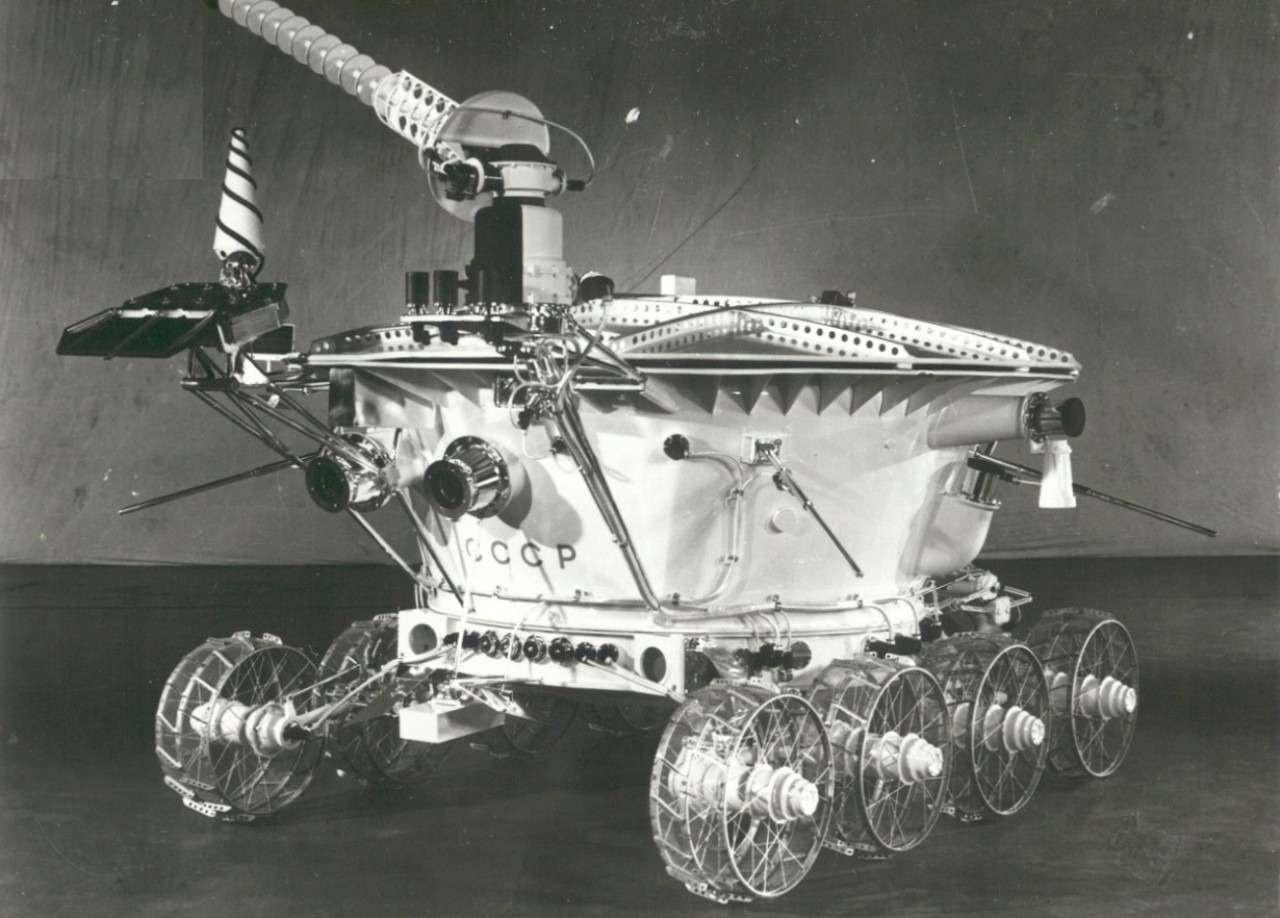 Автомобили, накоторых ездили первые космонавты— фото 860240