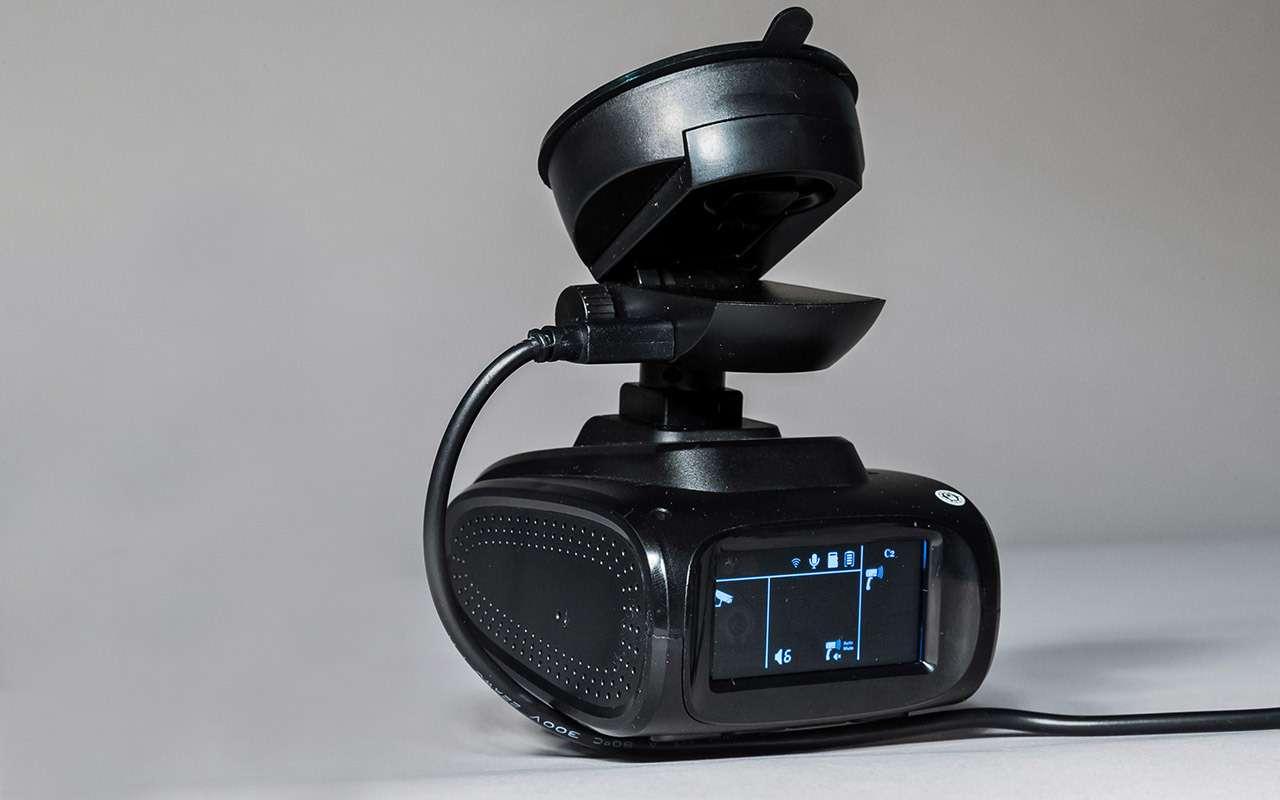 Классический или ввиде зеркала— какой видеорегистратор срадар-детектором лучше— фото 966777
