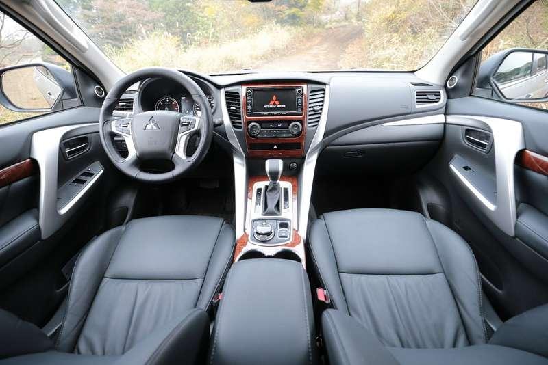 Mitsubishi Pajero Sport new_1