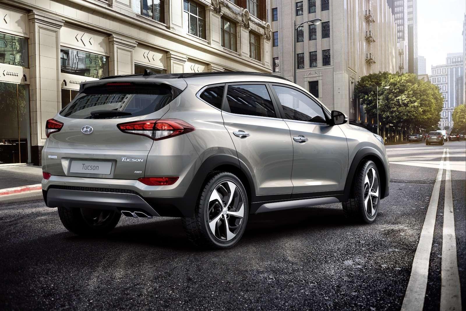 Hyundai Tucson или Santa Fe: на что потратить два миллиона рублей? — фото 601327