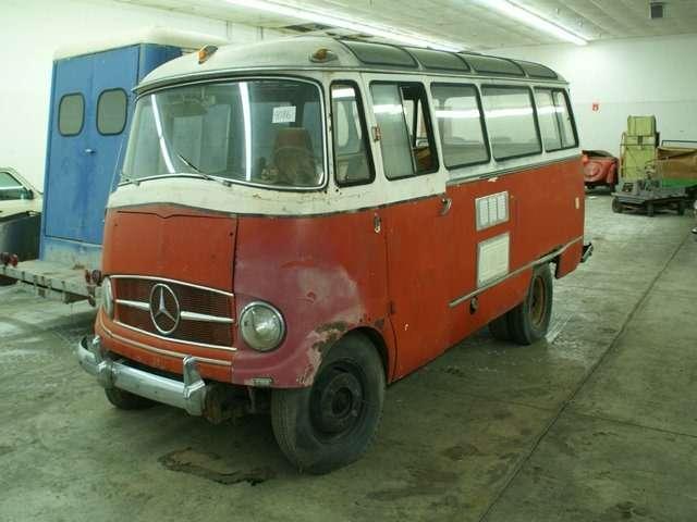 Бывший дальнобойщик решил продать свою коллекцию из700 машин— фото 702163