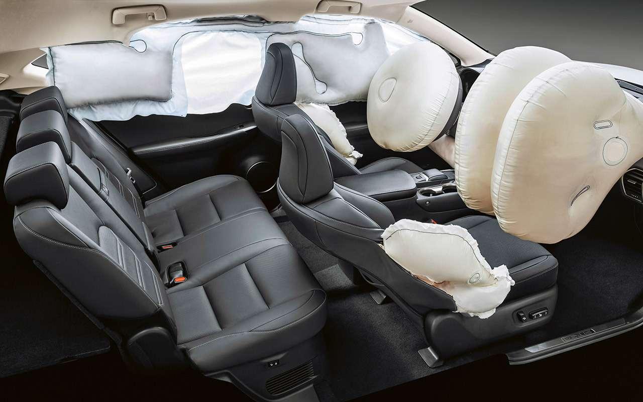 Обновленный Lexus NX: испытание Чертовым мостом— фото 876136