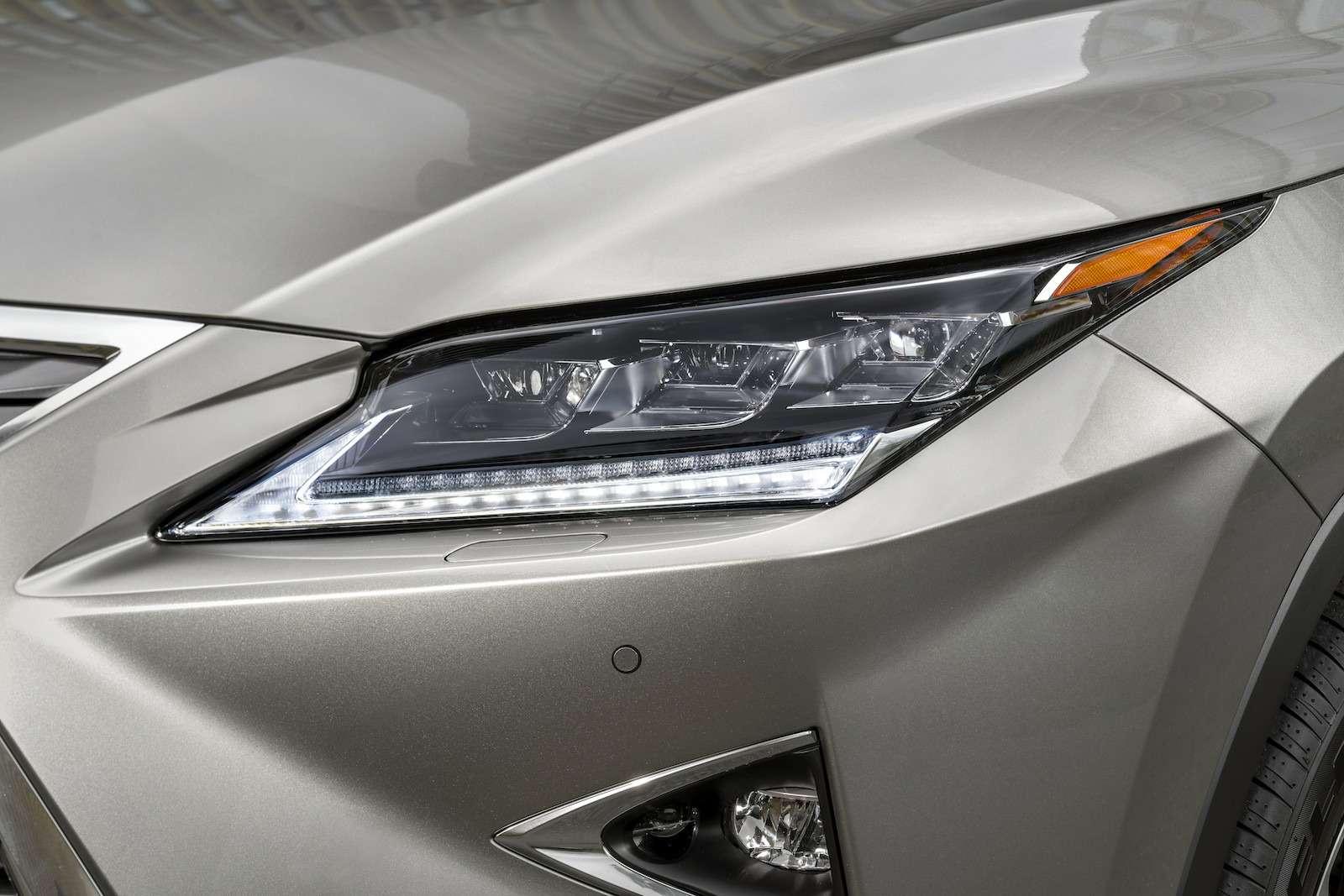 Тест-драйв Lexus RX350L AWD: когда «L»— вовсе не«Long»— фото 915733