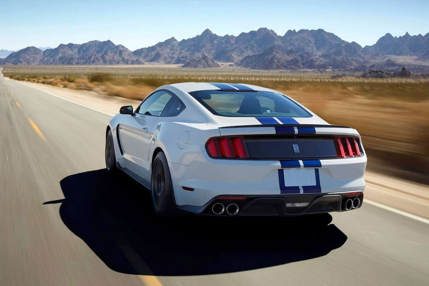 New-Ford-Mustang-Shelby-GT350-12