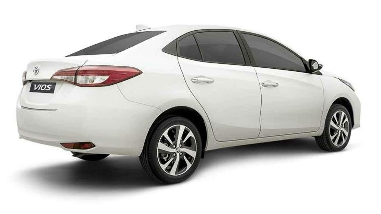 Toyota везет вРоссию конкурента Весте иСолярису— фото 1218694