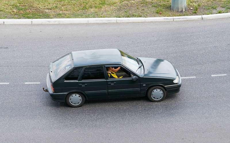 Мывсе беднеем: уже инавторичке покупаем меньше машин