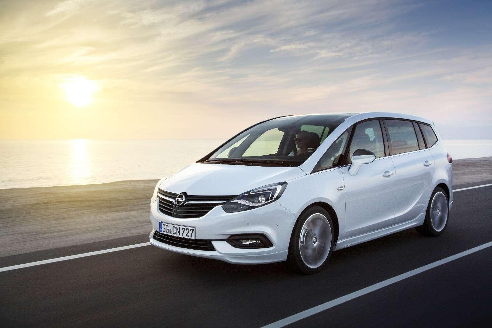 Обновленный компактвэн Opel Zafira представлен официально— фото 593693