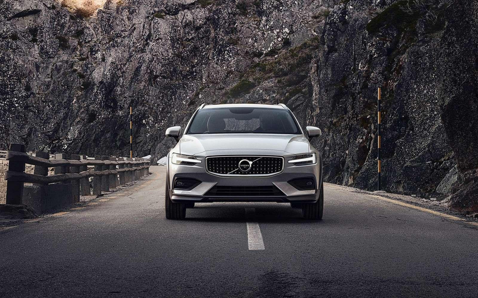 Volvo V60 Cross Country: еще один кросс-универсал. Ждем вРоссии!— фото 908325