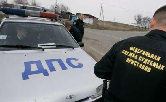 Минюст предлагает временно лишать водительских прав злостных алиментщиков