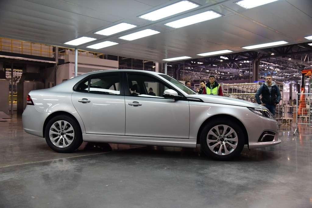 Китайцы выпустили старый Saab вместо обещанного нового— фото 823784