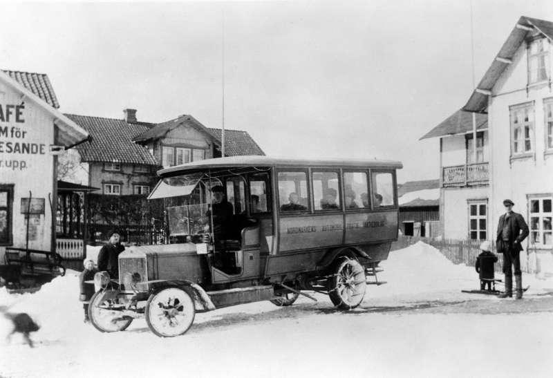 Первый автобус Scania, известный как «Нордмарк», вышел налинию 30ноября 1911 года