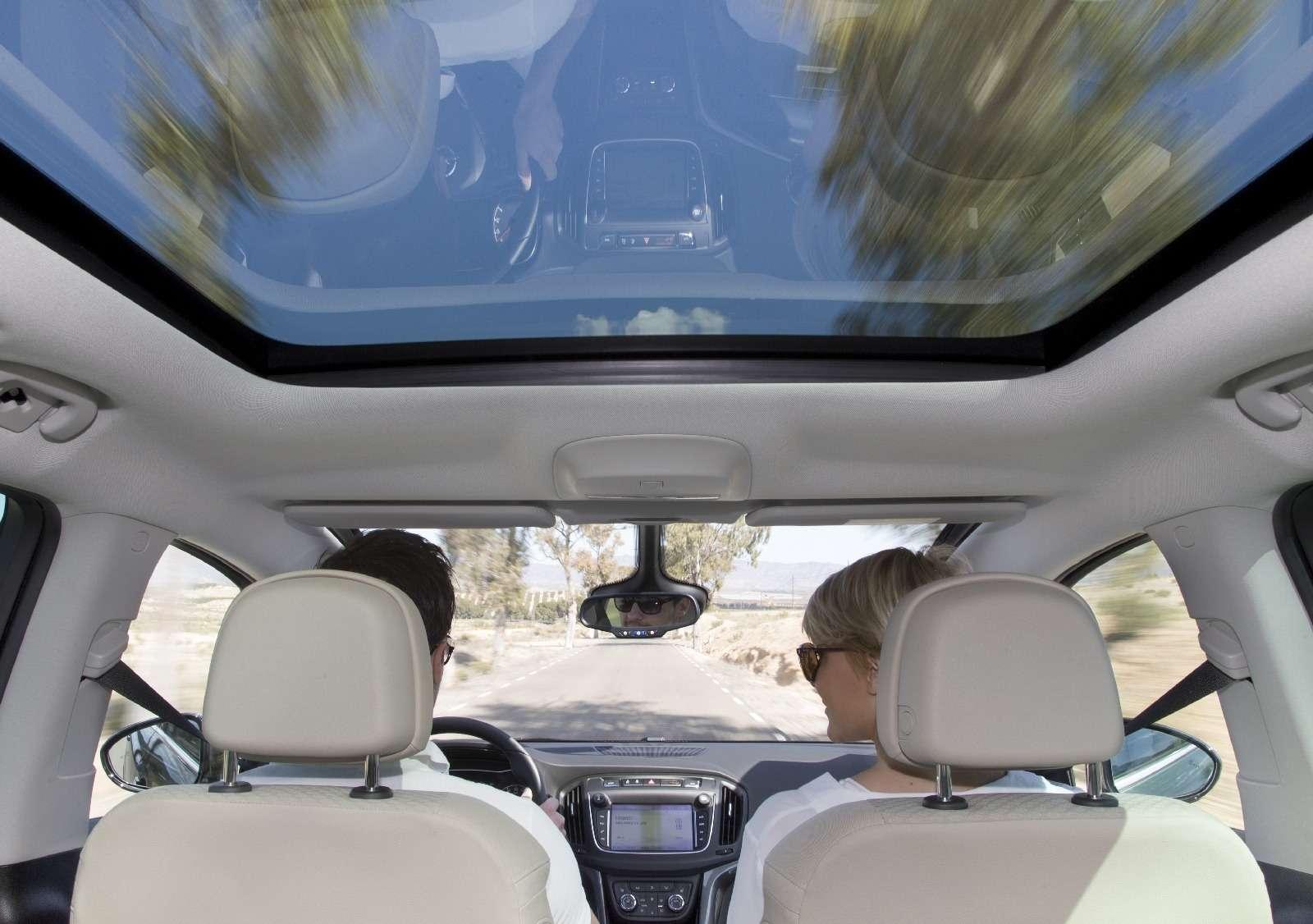 Обновленный компактвэн Opel Zafira представлен официально— фото 593688