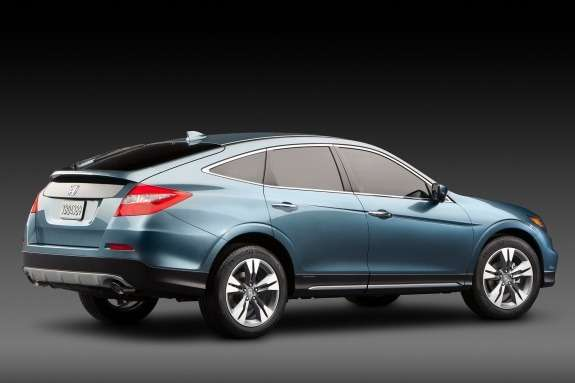Honda Crosstour Concept side-rear view