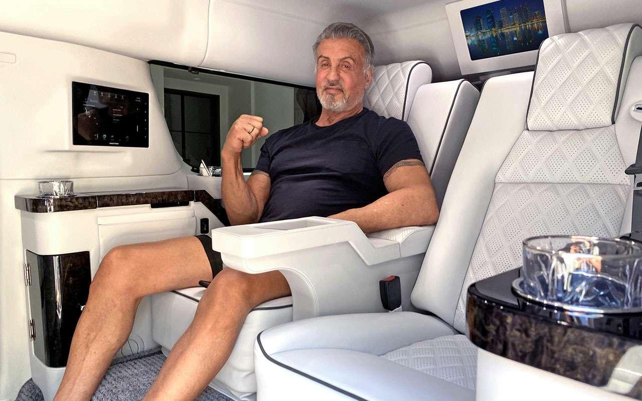 Сталлоне продает внедорожный лимузин. Пробег— 1609км— фото 1157597