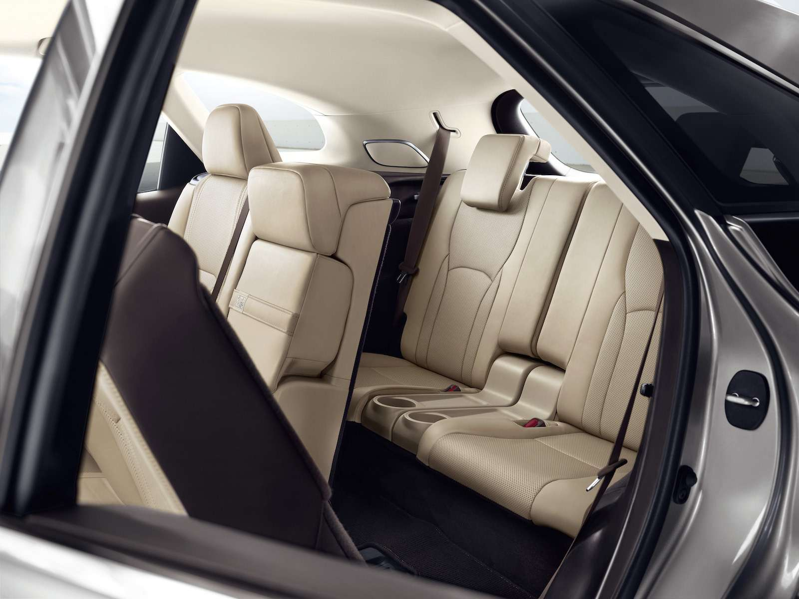 Тест-драйв Lexus RX350L AWD: когда «L»— вовсе не «Long»— фото 915749