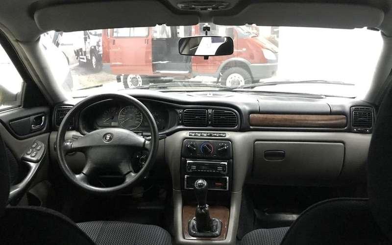 Напродажу выставлена редкая Волга ГАЗ-3111. Цена интересная!