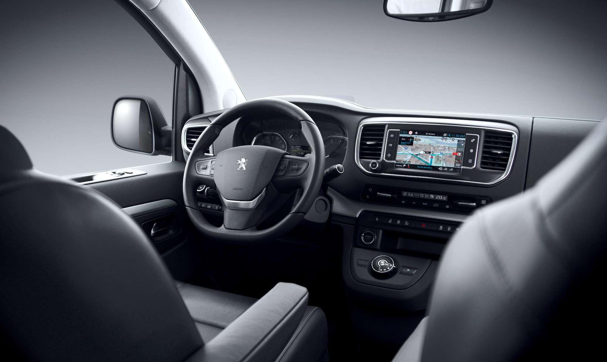 Peugeot Traveller VIP Business: сообразим насемерых?— фото 905201