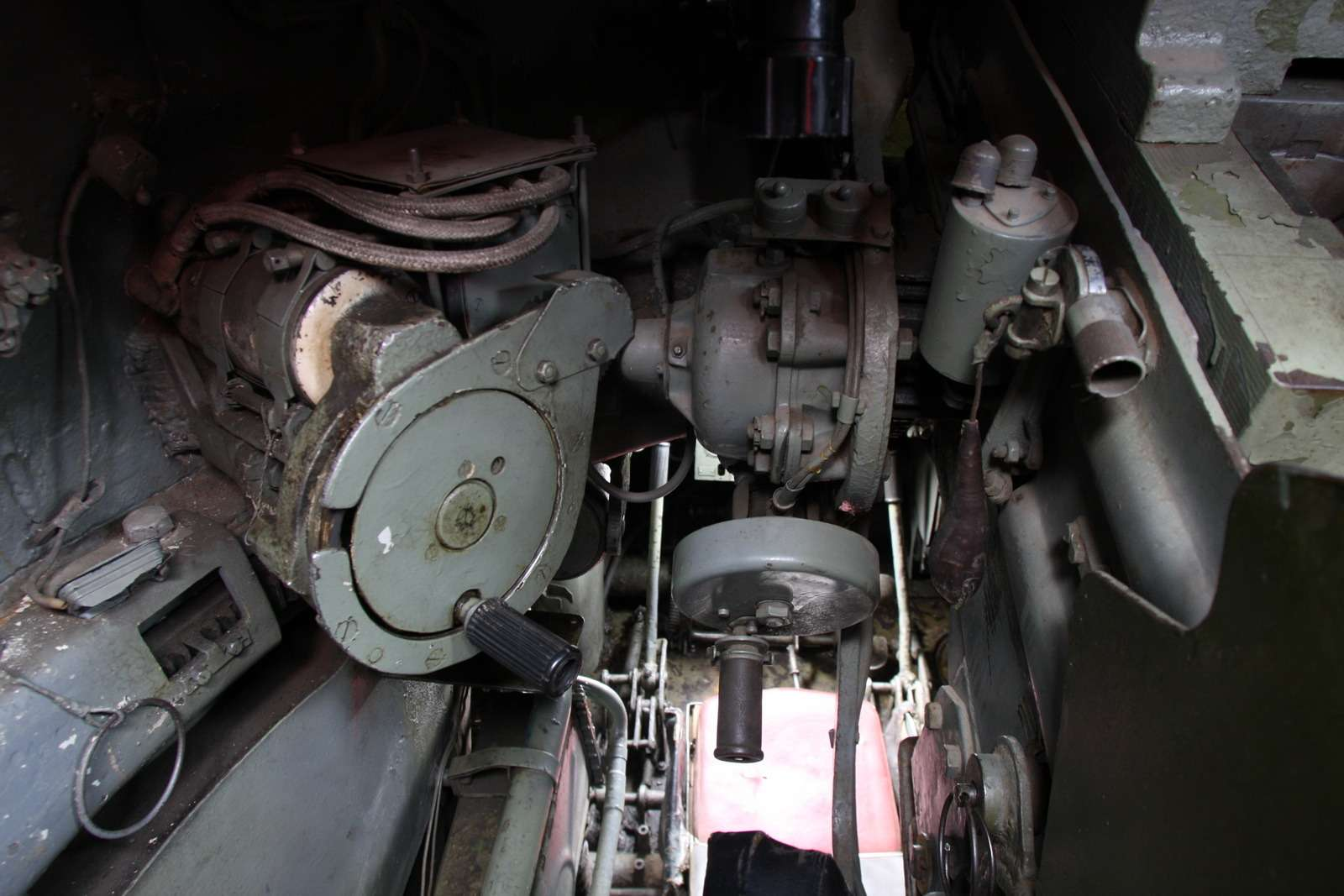 Танк Т-34: огнем иманевром— фото 684012