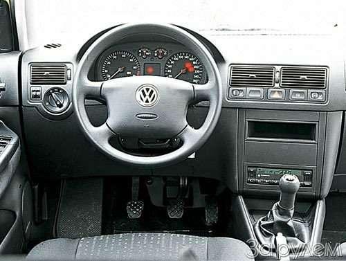 ТЕСТ Alfa Romeo 147, Peugeot 307, Volkswagen Golf. ОДНОКЛАССНИКИ РАЗНЫХ ШКОЛ— фото 27652