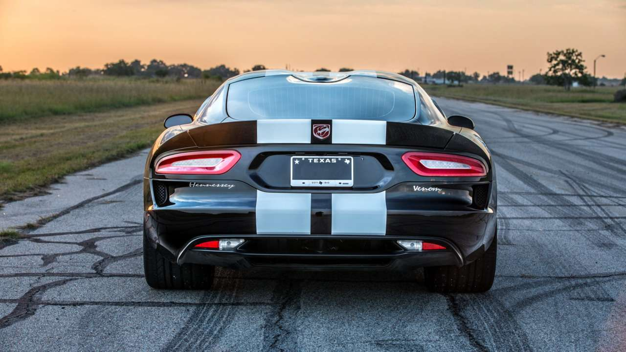 Змеиная «мясорубка»: Hennessey Dodge Viper пугает воем исилой— фото 608244