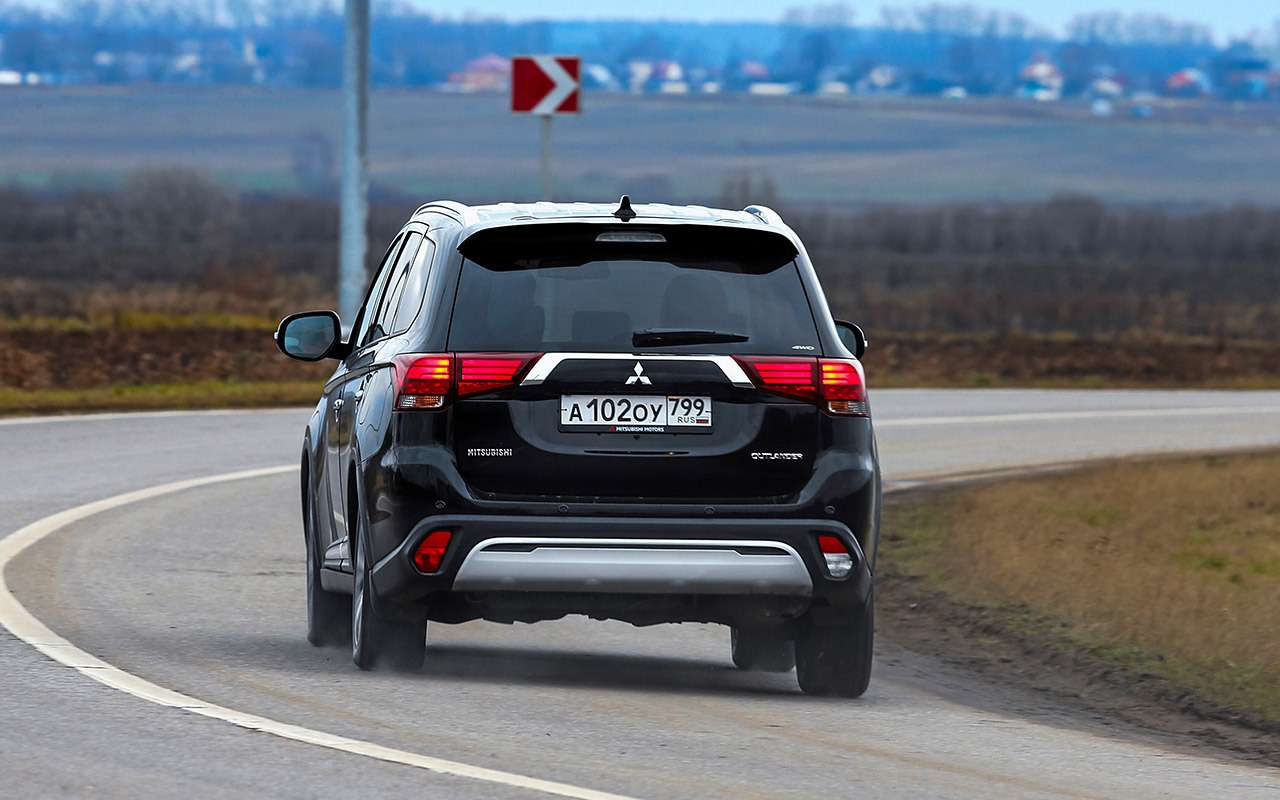 Новый Toyota RAV4, Forester иOutlander: большой тест кроссоверов— фото 1057708