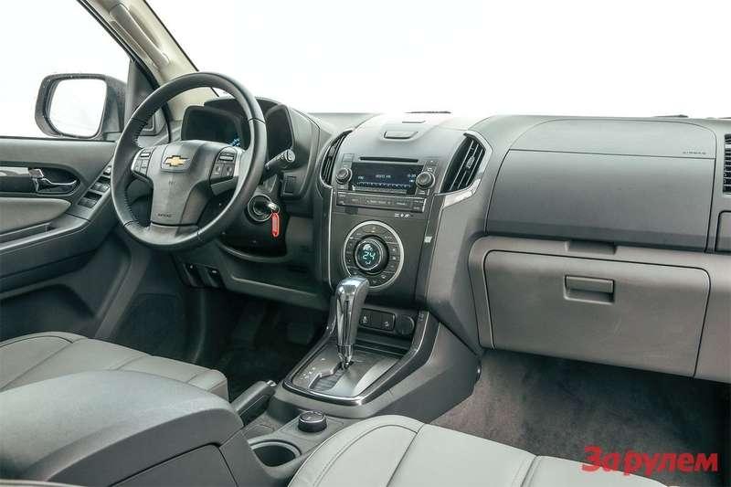 Chevrolet TrailBlazer салон
