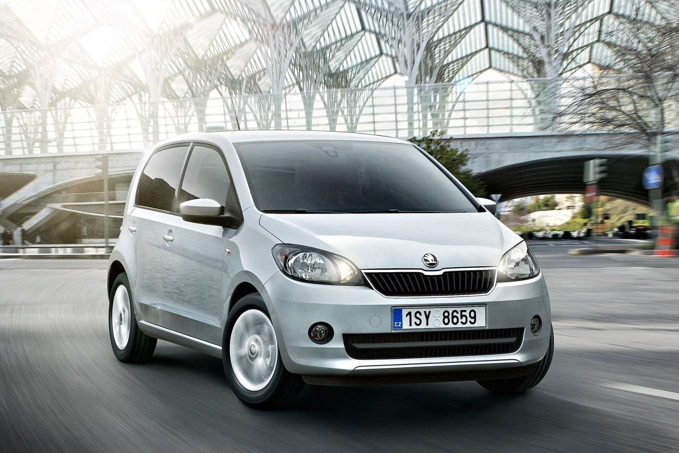 Skoda-Citigo_5-door_2013_1600x1200_wallpaper_02
