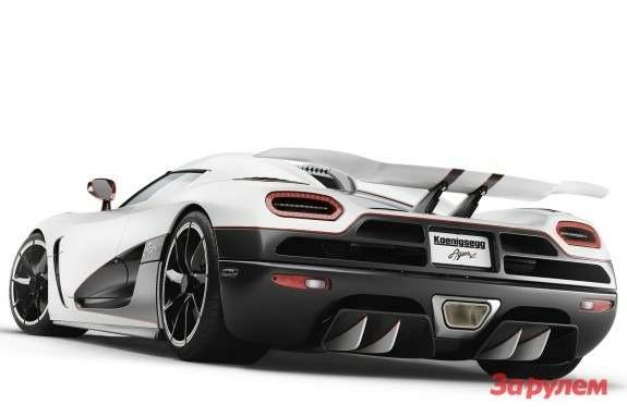 Koenigsegg Agera R side-rear view