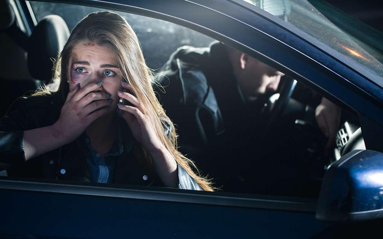 Водителю внезапно стало плохо— как остановить машину?— фото 900925