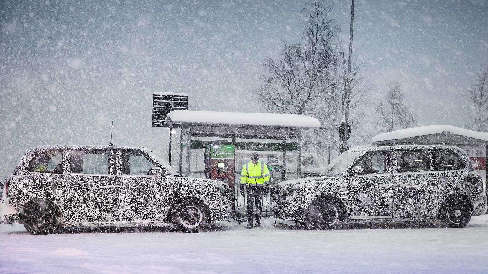Китай везет: Geely запустила вАнглии завод попроизводству гибридных таксомоторов— фото 726191