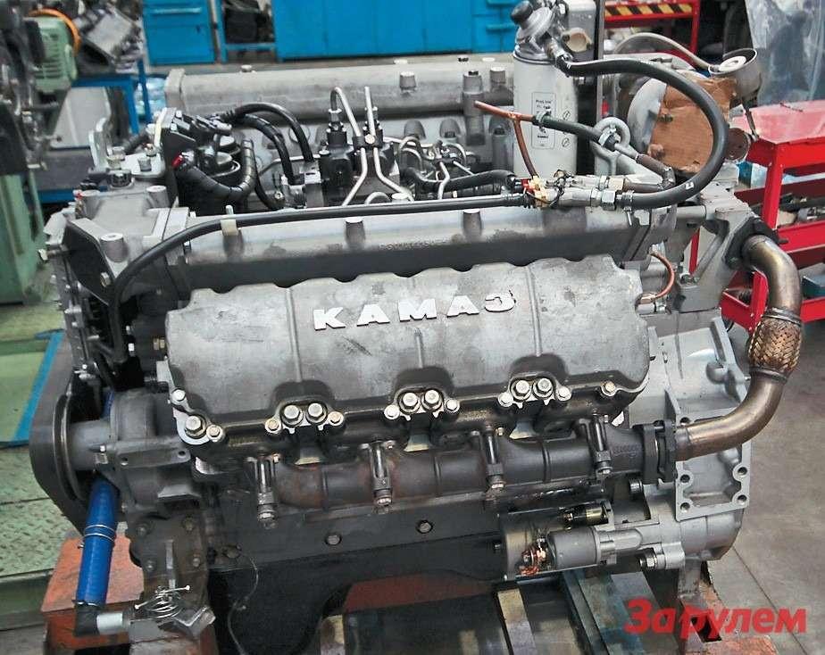 Внешне новую разработку двигателистов «КАМАЗа» можно  узнать пообщим головкам длякаждого ряда блока