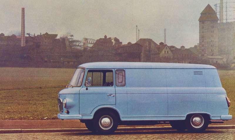 Barkas B1000— один изярких образцов дизайна ГДР, выигрышно отличался нафоне того жеVolkswagen Transporter.