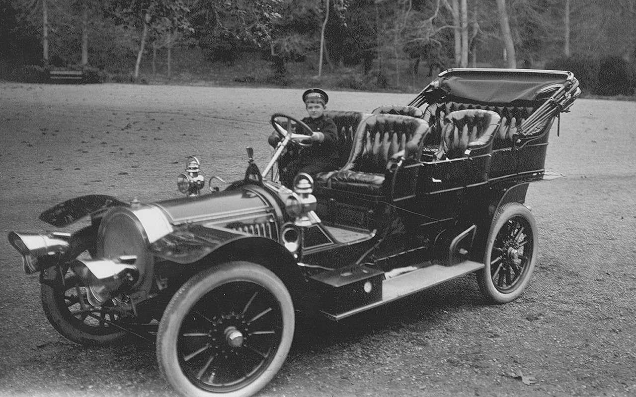 «Машину Его Величеству!»: любимый автомобиль последнего императора - фото 1219626