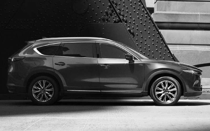 Рассекречена внешность флагманского кроссовера Mazda CX-8