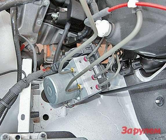 Помимо АБС тормозов наSprinter  ставят исистему стабилизации