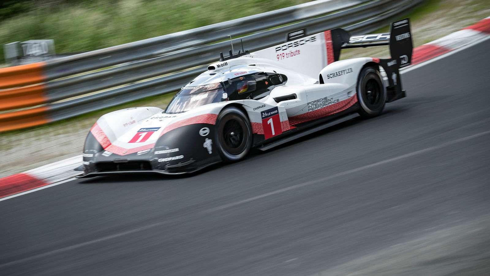 Porsche установила новый абсолютный рекорд Нюрбургринга!— фото 882818