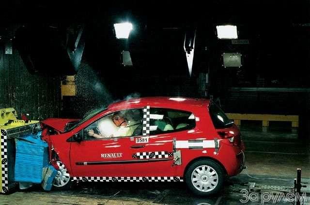Renault Clio III. Муза электроники— фото 59799