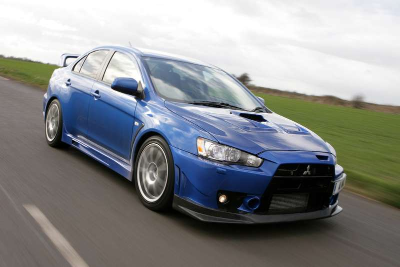 Mitsubishi-Lancer_Evolution_X_FQ-400_2010_1600x1200_wallpaper_07_no_copyright