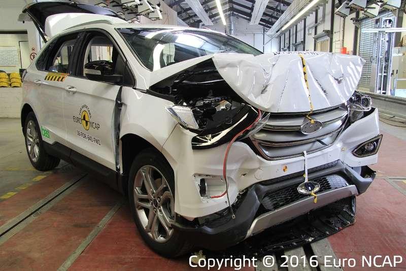 Euro NCAP— последние тесты года: звезды налегают накрасное