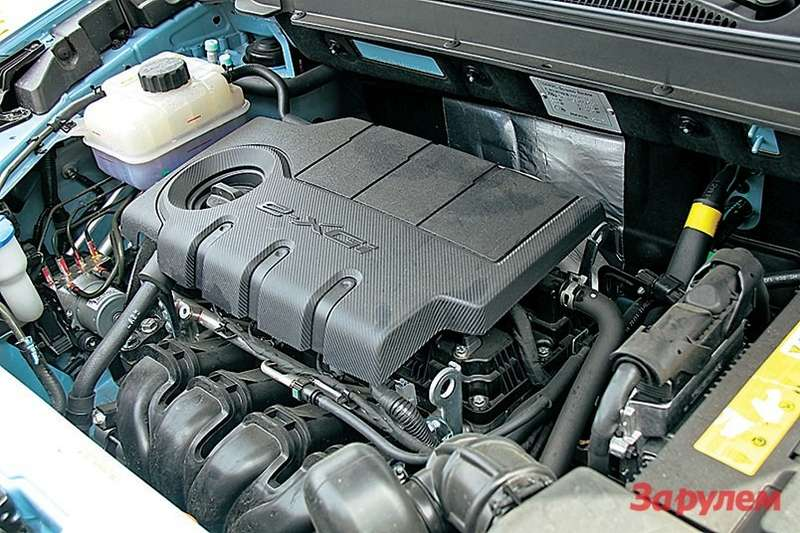 Благодаря эластичности бензинового мотора можно ивгрязи побарахтаться, инатрассе вгрязь лицом не ударить.