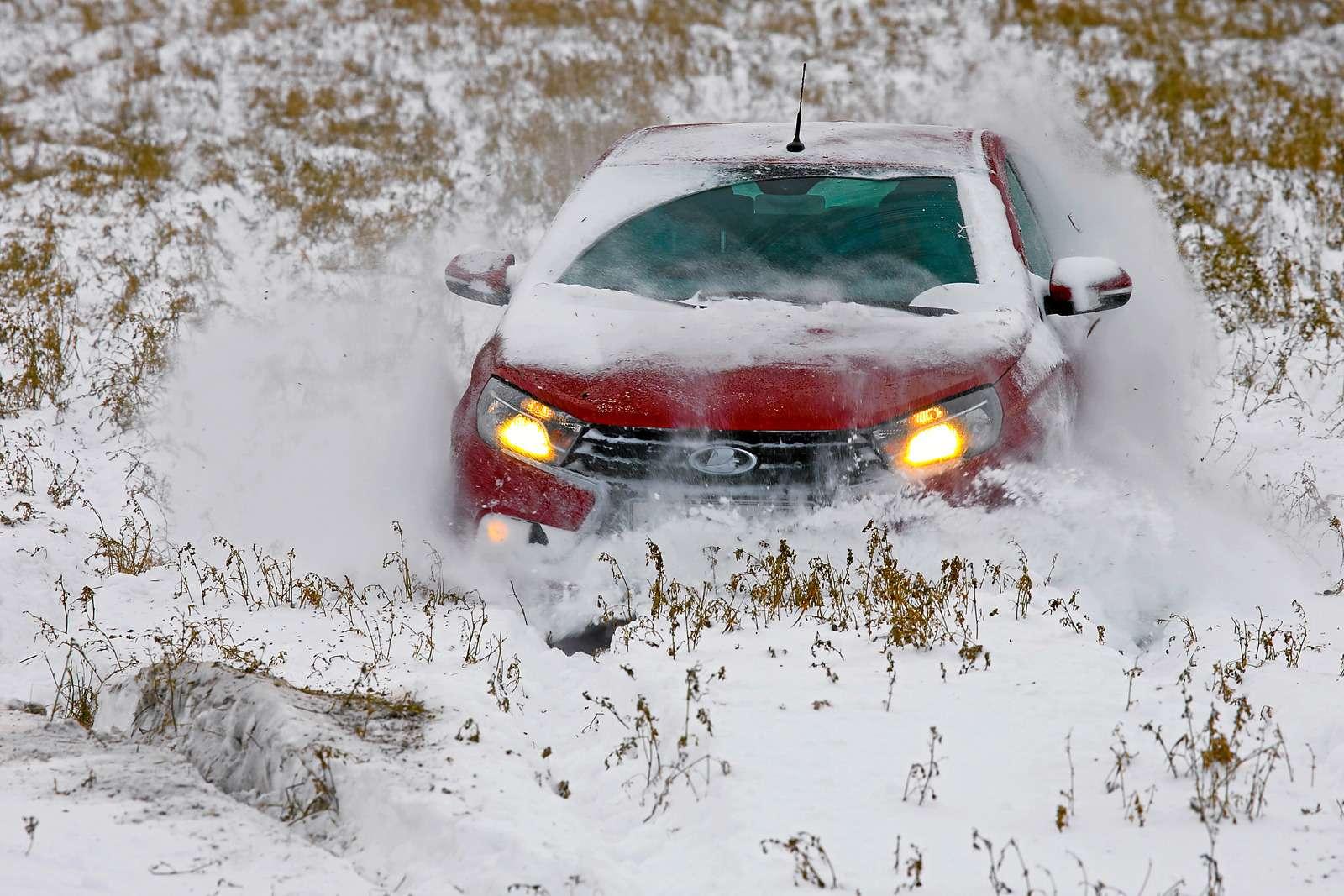 Большой зимний тест: Lada Vesta, Lada XRAY иDatsun mi-DO изпарка ЗР— фото 571449