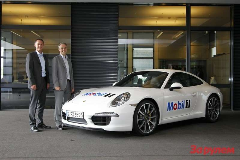 Лоран Фишер — ExxonMobil EMEA и Томас Лауденбах — Porsche motorsport development