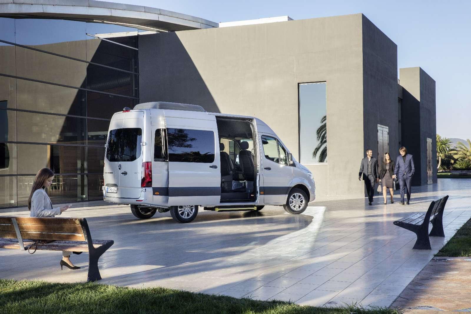 Новый Mercedes-Benz Sprinter: передний привод идо5,5т груза— фото 842785